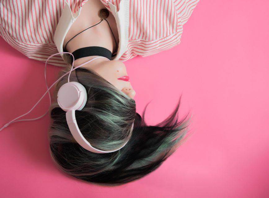 Podcastien kuuntelemisesta tiedetään kohta enemmän kuin koskaan ennen